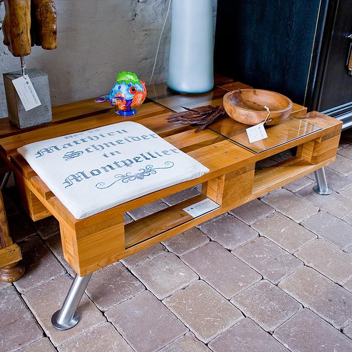 Antik und design restauration und handel mit antiken for Couchtisch kirschholz