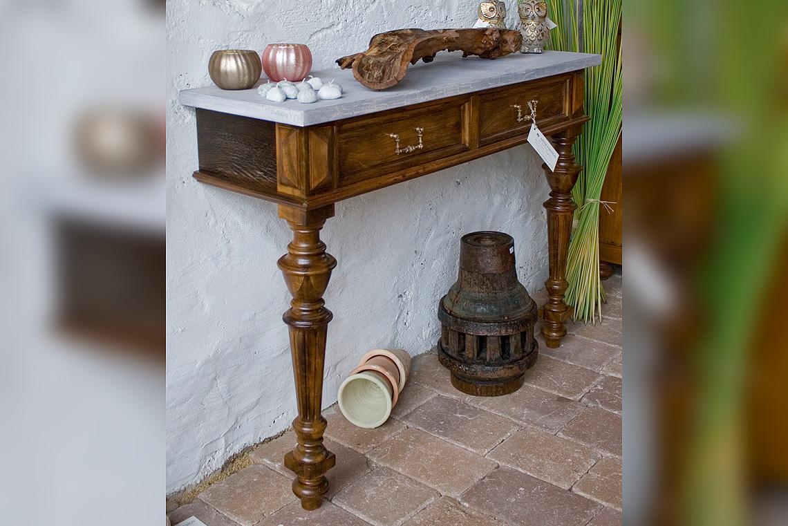 antik und design restauration und handel mit antiken m bel aus schopfloch. Black Bedroom Furniture Sets. Home Design Ideas